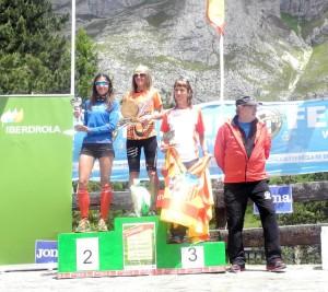 podio-femenino-km-verticalc2ae-fuente-dc3a9-2014